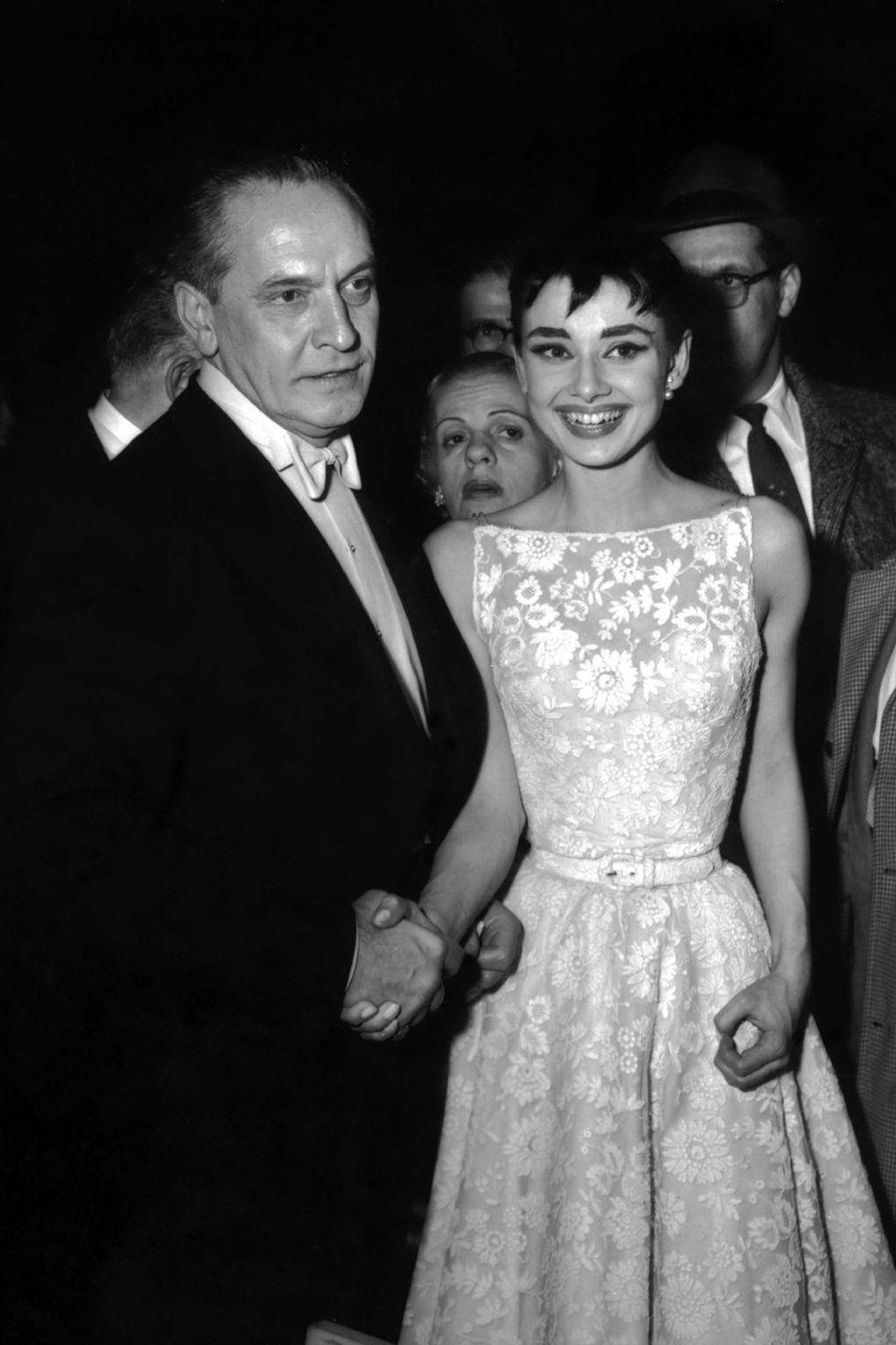 حفل تويزع جوائز الاوسكار عام 1954